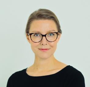 Anna Paimela on Iconicsin osakas ja IAB Finlandin tietosuojatyöryhmän puheenjohtaja, jolla on yli 12 vuoden kokemus mediaan, mainontaan, markkinointiin ja digitaalisen kehitykseen liittyvästä juridiikasta.